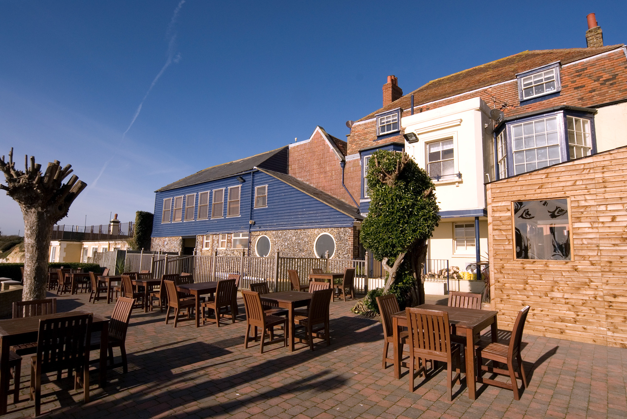 Contact the Belle Vue Tavern Pegwell Bay