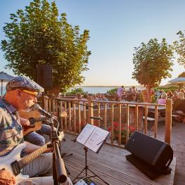 Belle Vue Tavern Pegwell Bay Live Music Outdoors